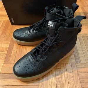 New Nike SF Air Force 1 Mid Urban Utility Gum Sole